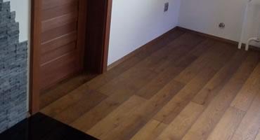 Masívna dubová podlaha DUB 1-Lamelový OLEJ hnedý
