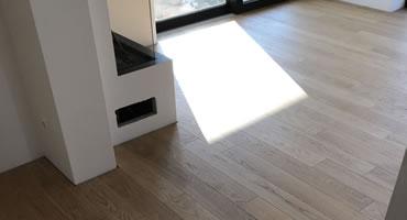 Masívna dubová podlaha, povrchová úprava PURE