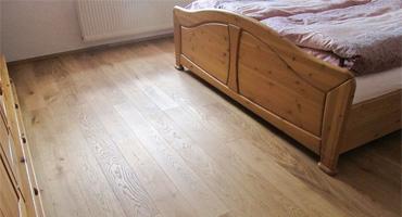 Drevená podlaha OnlyWood – trojvrstvová podlaha z masívneho dubu